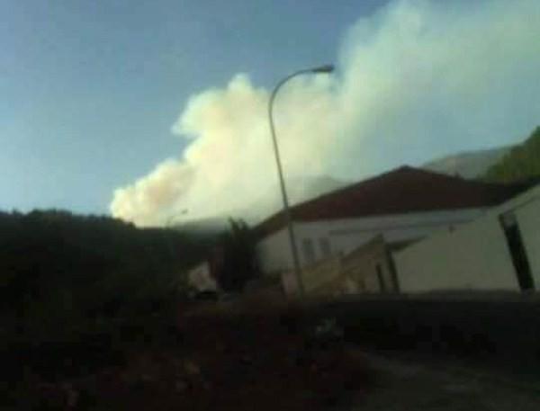 El humo pudo observarse desde varias zonas del Sur. / josebolorino.com