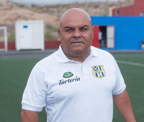 Ayala prepara con esmero el partido del próximo sábado. / SERGIO MÉNDEZ
