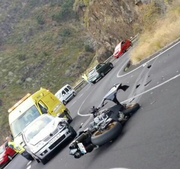 Accidente en la LP-1 (Puntallana) del pasado miércoles. / L@s jardiner@s