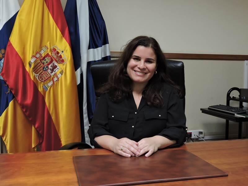 Nombre: María Concepción Brito Núñez. Partido: PSOE. Concejalía: Alcaldesa y además llevará Empleo, Desarrollo Local, Nuevas Tecnologías y Comunicación. Sueldo: 48.000 euros (brutos al año).