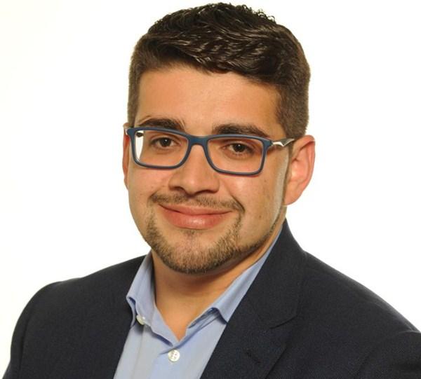 Nombre: Eduardo Rodríguez- Área: Deportes, Formación y Empleo.- Sueldo: 1.700 euros. / DA