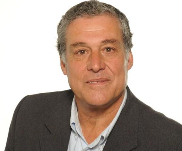 Nombre: José Luis Hernández- Área : Obras y Cementerio - Sueldo: 1.500 euros. / DA