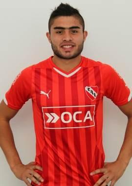 Rodrigo Moreira (central, 18 años). | DA