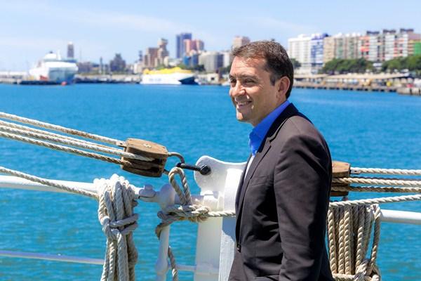 José Manuel Bermúdez negocia su toma de posesión como alcalde para los próximo cuatro años. / DA
