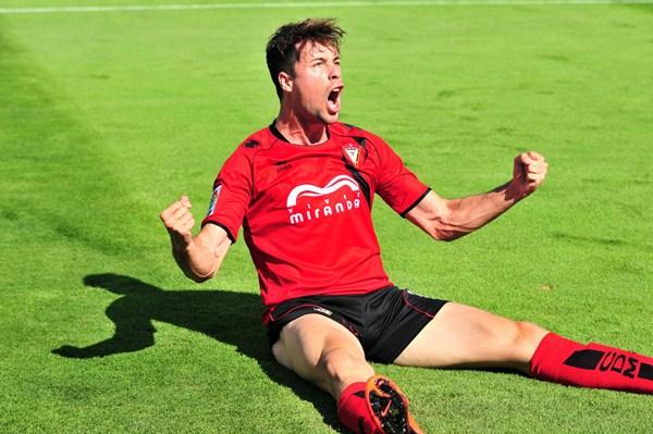 El ariete andaluz marcó nueve goles con el Mirandés el curso pasado. / EL CORREO DE BURGOS