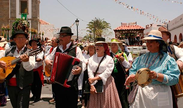 Tradición y folclore en honor a San Antonio