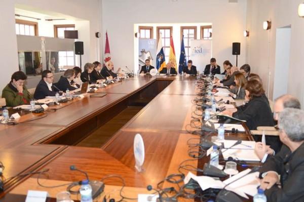 Detalle de un seminario sobre las regiones ultraperiféricas celebrado en La Laguna. / SERGIO MÉNDEZ