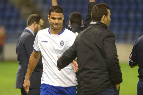Aridane Santana no cumplirá el año de contrato que le resta como blanquiazul. | SERGIO MÉNDEZ