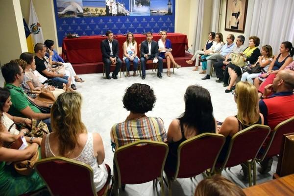 Bermúdez en la reunión con los responsables de los centros de Infantil y Primaria. | EP