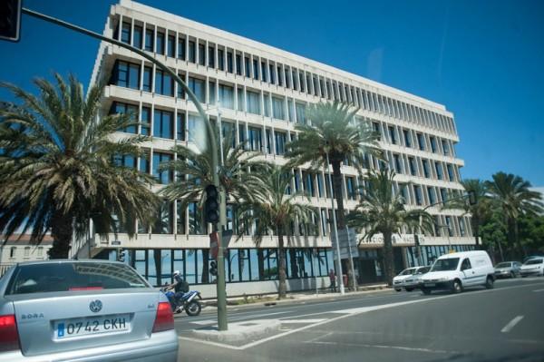 La actual sede del Catastro está en la Delegación de Hacienda, donde se produjo la redada de 2014. / FRAN PALLERO