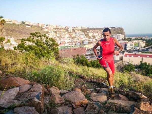 El corredor gomero del Land Canarias, en pleno entrenamiento.   DA
