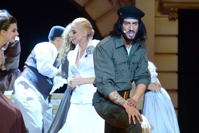 El tinerfeño Jadel, en el papel del Che Guevara. / S. M.