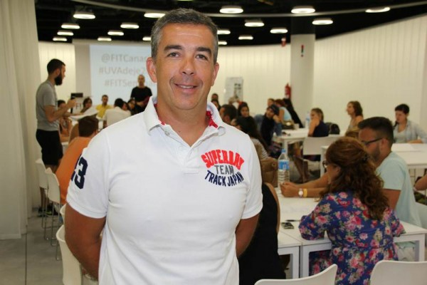 Eduardo Parra López, durante su ponencia en la Universidad de Verano de Adeje.   DA