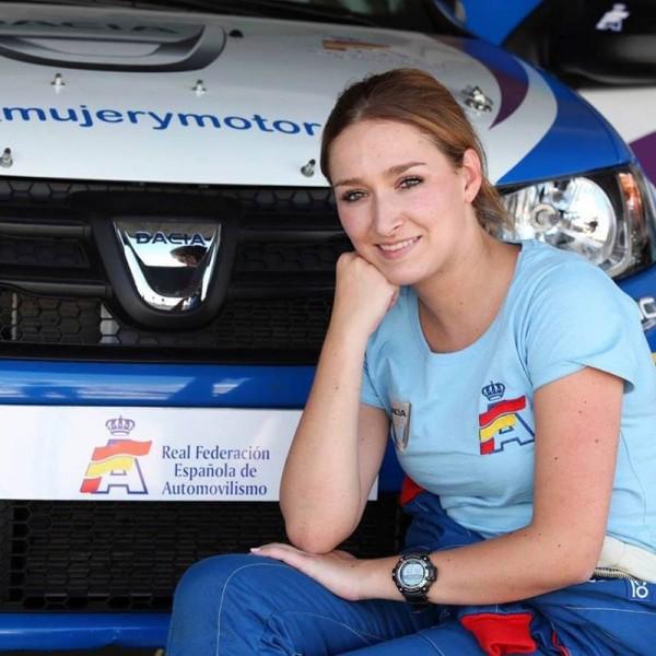 La piloto tinerfeña participará en la Copa Dacia.   DA