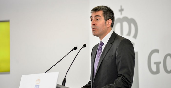 Clavijo lanza una estrategia para defender en bloque la financiación