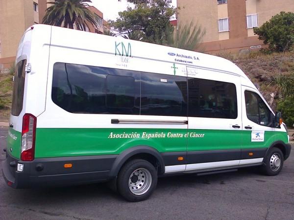 El microbús sale cada mañana desde Los Cristianos. / DA