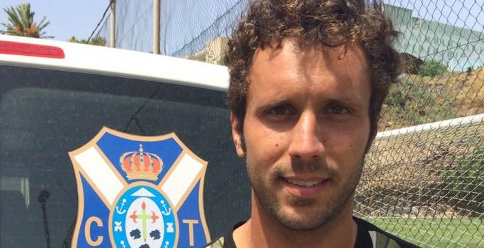 """Germán Sánchez: """"Me gusta darle una salida aseada al balón desde atrás"""""""
