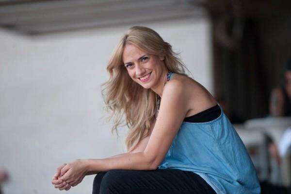 La actriz y músico alicantina Inma Mira, protagonista de la producción del Auditorio de Tenerife del musical Evita. / FRAN PALLERO