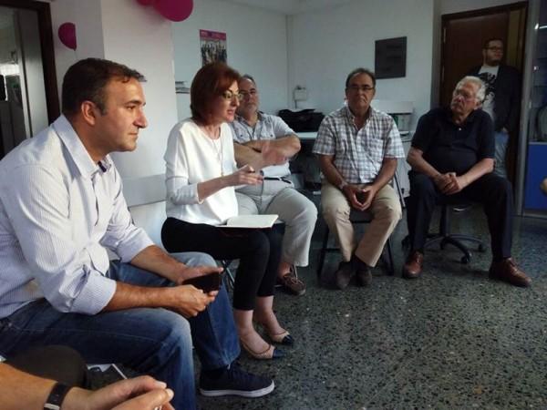 José Luis García (en primer plano), junto a la eurodiputada Maite Pagazaurtundúa. / UPyD