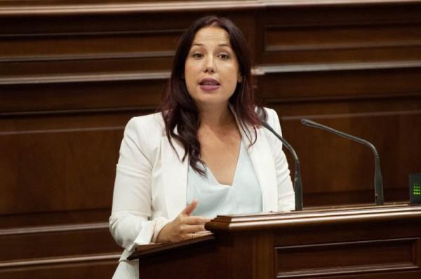 Patricia Hernández, durante la sesión de investidura. | FRAN PALLERO
