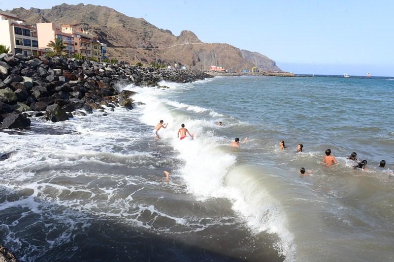 Las obras de la escollera forman una nueva playa en san - El colmao de san andres ...