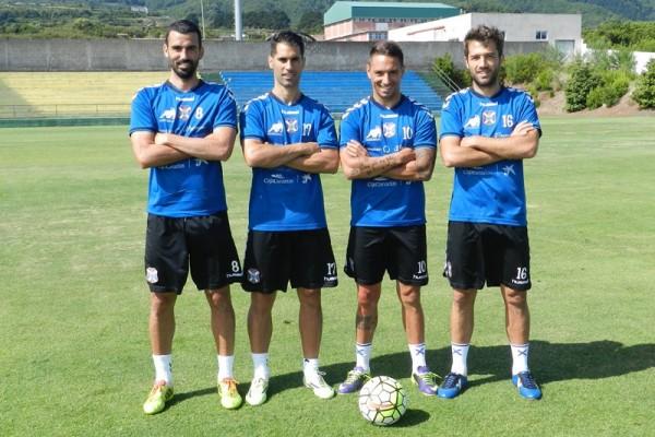 Ricardo, Moyano, Suso y Aitor Sanz, los cuatro capitanes del equipo tinerfeñista del curso 15-16. / CD TENERIFE