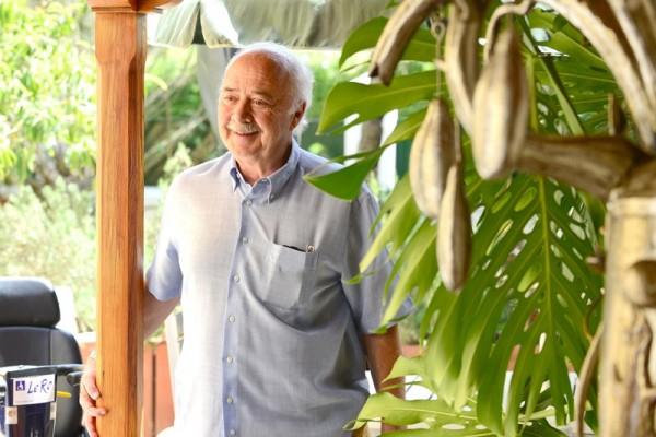 Richardo Melchior en su casa en el municipio de La Laguna. / SERGIO MÉNDEZ