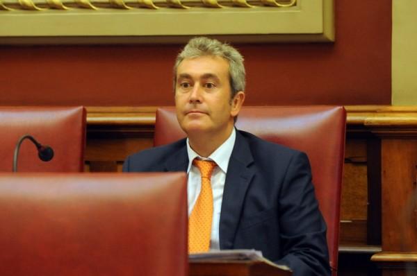Óscar González es el nuevo concejal de Asuntos Sociales de Santa Cruz de Tenerife. / J.G.
