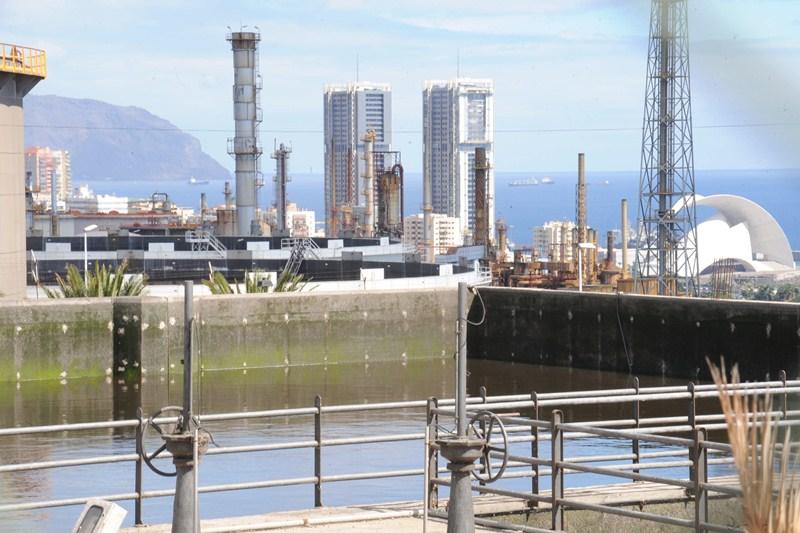 Las instalaciones de la depuradora de Santa Cruz datan de los años 70 y fueron remodeladas en 2001. / DA