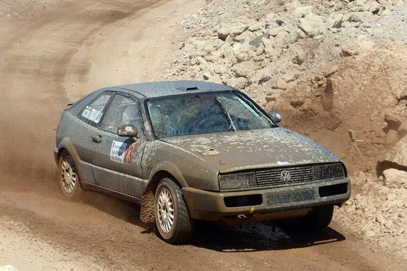 Ramón Torres y Víctor Trujillo, en una prueba anterior, llevaron el Volskwagen Corrado al tercer puesto. / S.M.