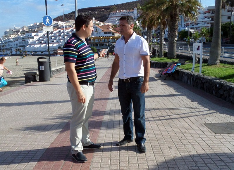 El alcalde y el concejal de Seguridad han adoptado medidas para evitar atropellos en los paseos. / DA