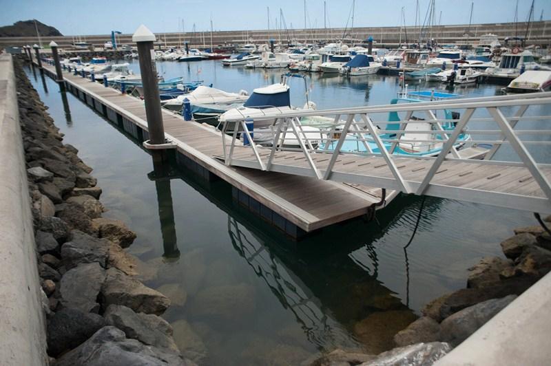 Las buenas condiciones de los atraques hacen que el puerto de Garachico se encuentre actualmente al máximo de su ocupación. / FRAN PALLERO