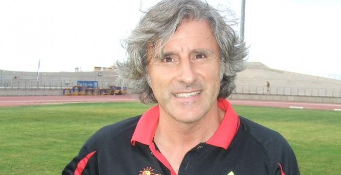 Roberto Aguirre, destituido