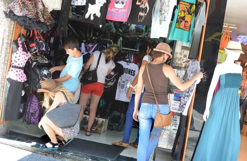 Imagen de una de las céntricas calles de Santa Cruz. / DA