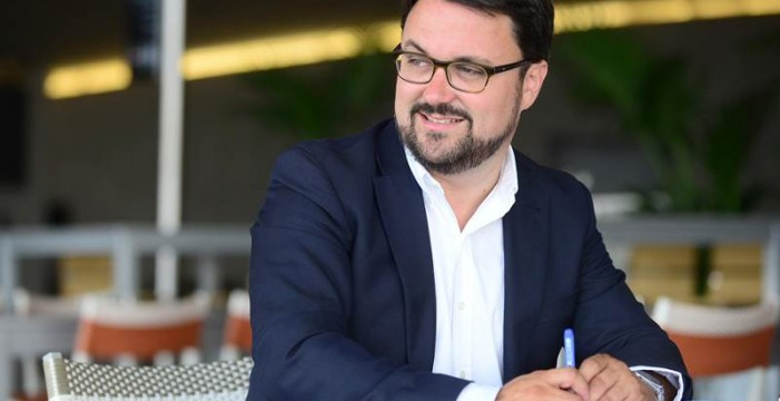 """El PP se ofrece como """"mediador"""" en las """"disputas"""" entre CC y PSOE"""