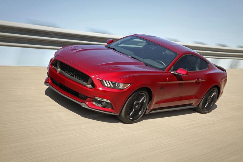 Ford ha vendido más de 8.000 Mustangs en Europa; los usuarios prefieren el modelo fastback, el motor V8 5.0 litros 421 CV y el color Rojo Race. | DA