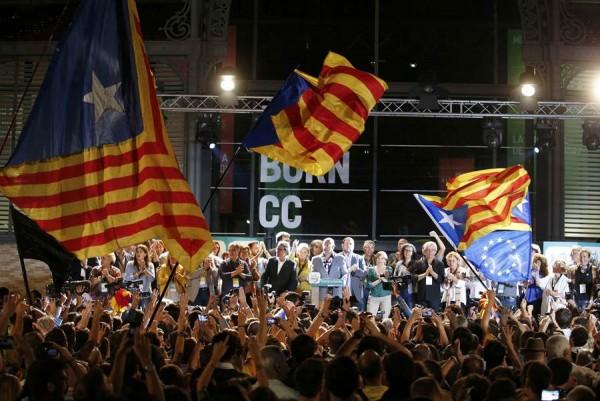 Junts Pel Si celebra su victoria. | REUTERS