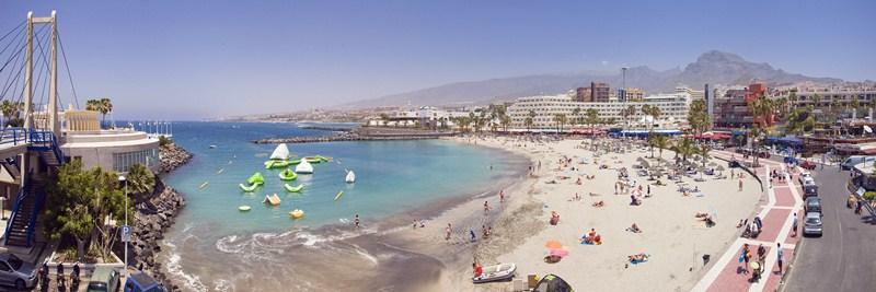 Las buenas cifras del turismo consolidan una tendencia a la baja del desempleo en la comarca desde 2012. / DA