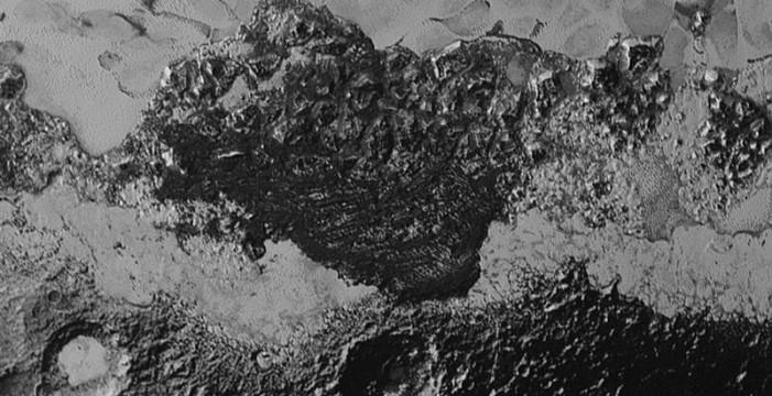 Posibles dunas en Plutón desconciertan a los científicos