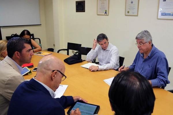 Representantes de Avibo se reunieron en días pasados con miembros del Grupo Popular. | DA