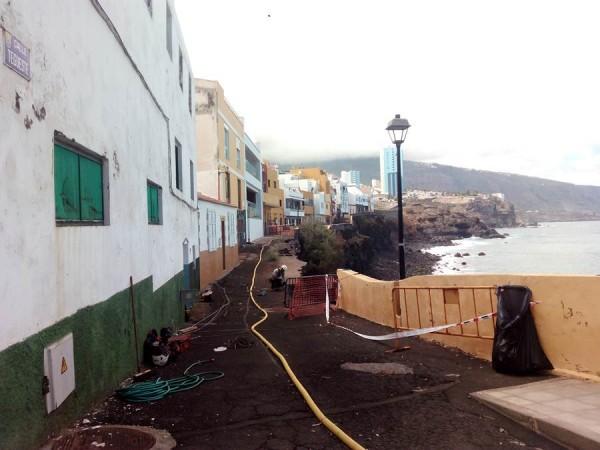 Las obras comenzaron oficialmente ayer, aunque los operarios ya habían llevado a cabo trabajos de cata. | DA