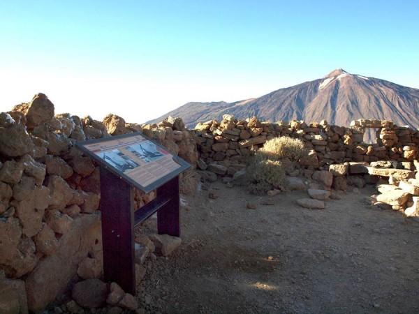 La ruta cuenta con paneles informativos y mesas interpretativas hasta los altos de Guajara. | DA