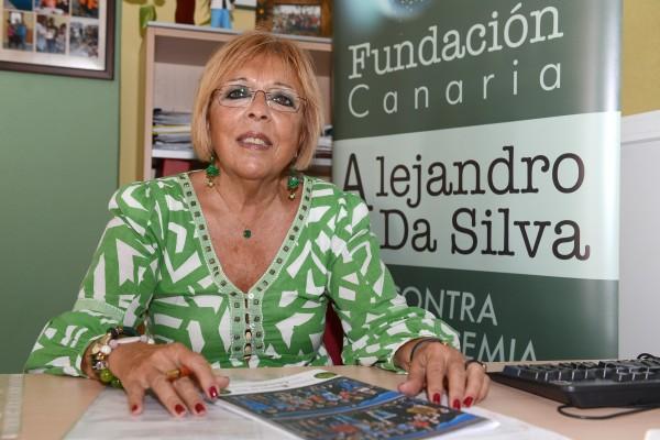 Olga García, delegada en Tenerife de esta fundación, en las oficinas. | SERGIO MÉNDEZ