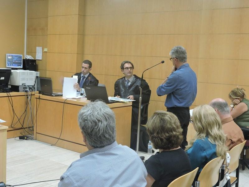 Alberto Luengo Barreto, arquitecto del proyecto de urbanización El Varadero, durante su declaración. / NORCHI