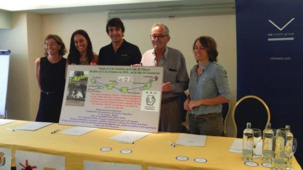 El deportista argentino comenzó ayer en El Hierro el reto de completar Siete ironmans en siete días, una iniciativa para recaudar fondos para la asociación Tinguafaya. / FACEBOOK
