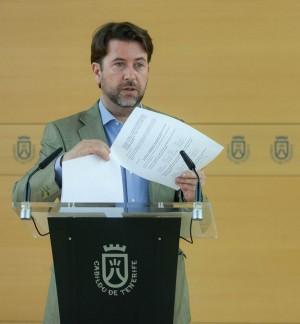 Carlos Alonso, presidente del Cabildo de Tenerife. / DA