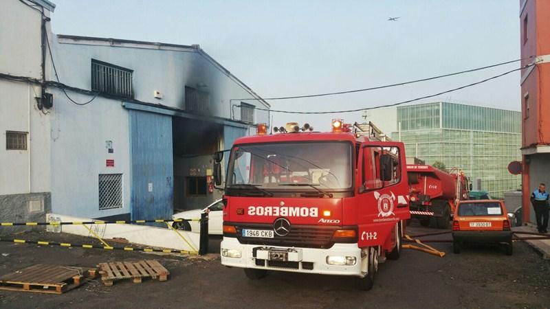 Incendio en la calle de Fonseca. / POLICÍA LOCAL DE LA LAGUNA