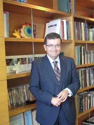 Juan Ramón Fuertes director de LaCaixa en Canarias