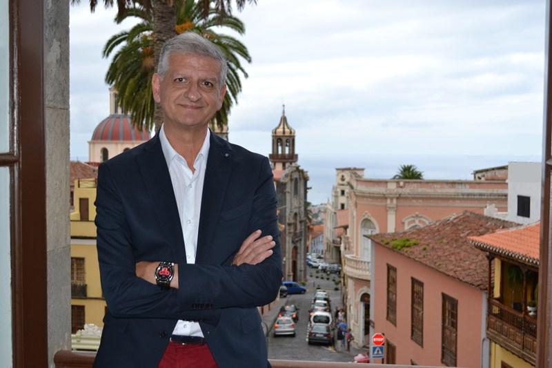 """Francisco Linares : """"El nacionalismo canario tiene que unirse"""""""