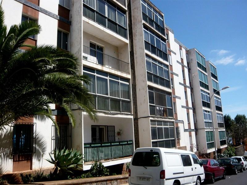 La aluminosis se detectó en las viviendas de Las Chumberas en el año 2009. / F. P.